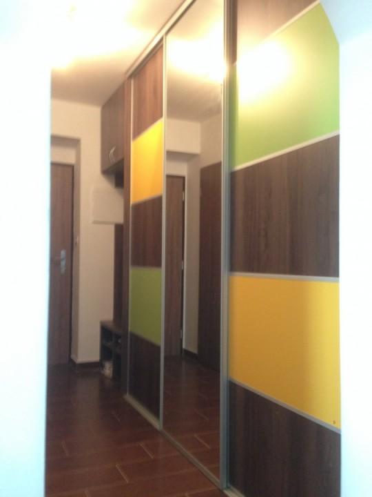 Vestavná skříň - posuvné dveře